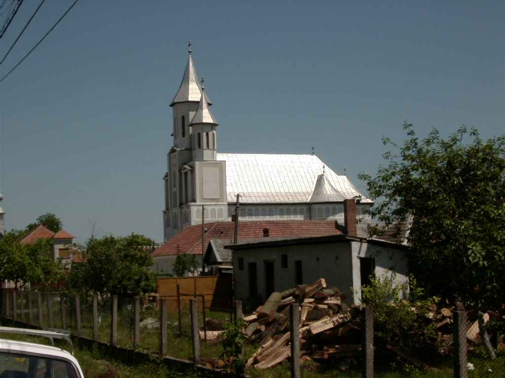 osorhei_church1.jpg